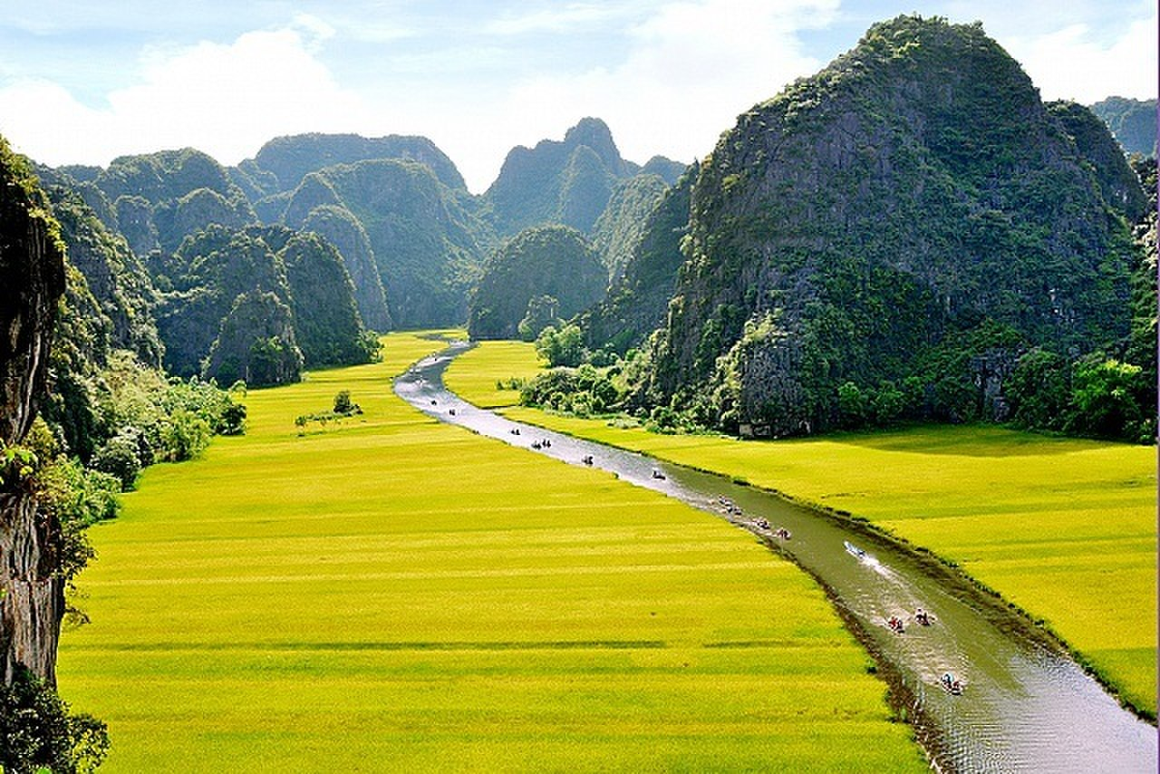 Ninh Binh: Continue to host the 2021 National Tourism Year