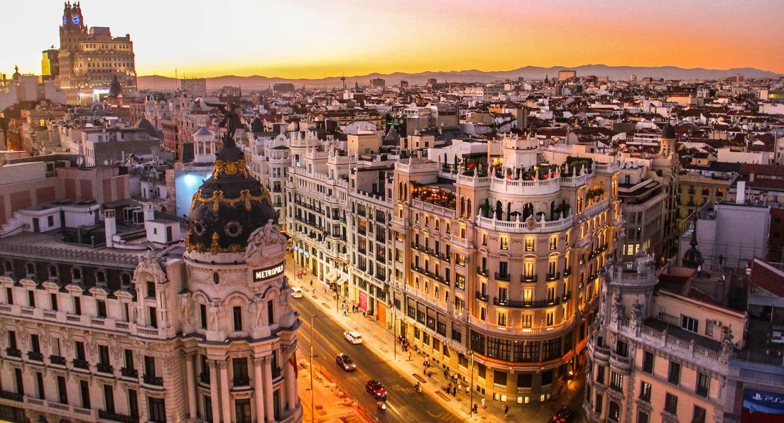 Spain welcomes international visitors after 92 days of closure